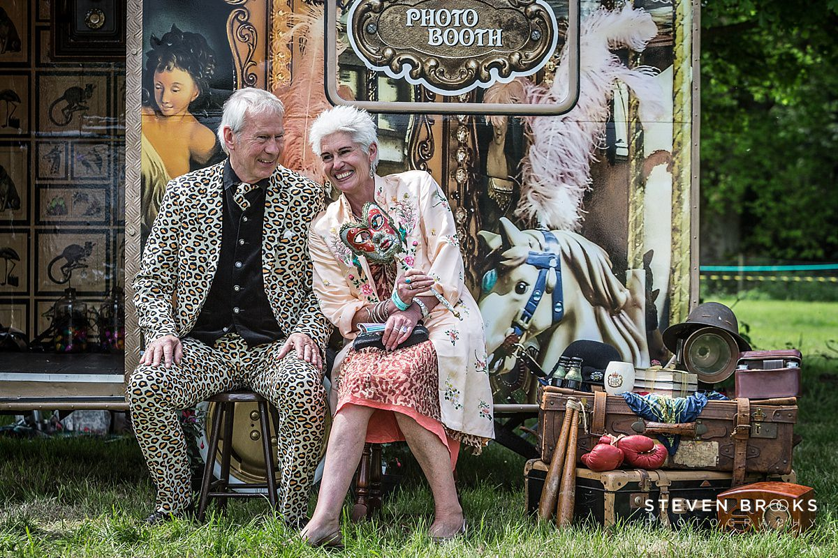 Norfolk photographer steven brooks photographs a couple in vintage vintage clothes at Britain Does Vintage in Norfolk