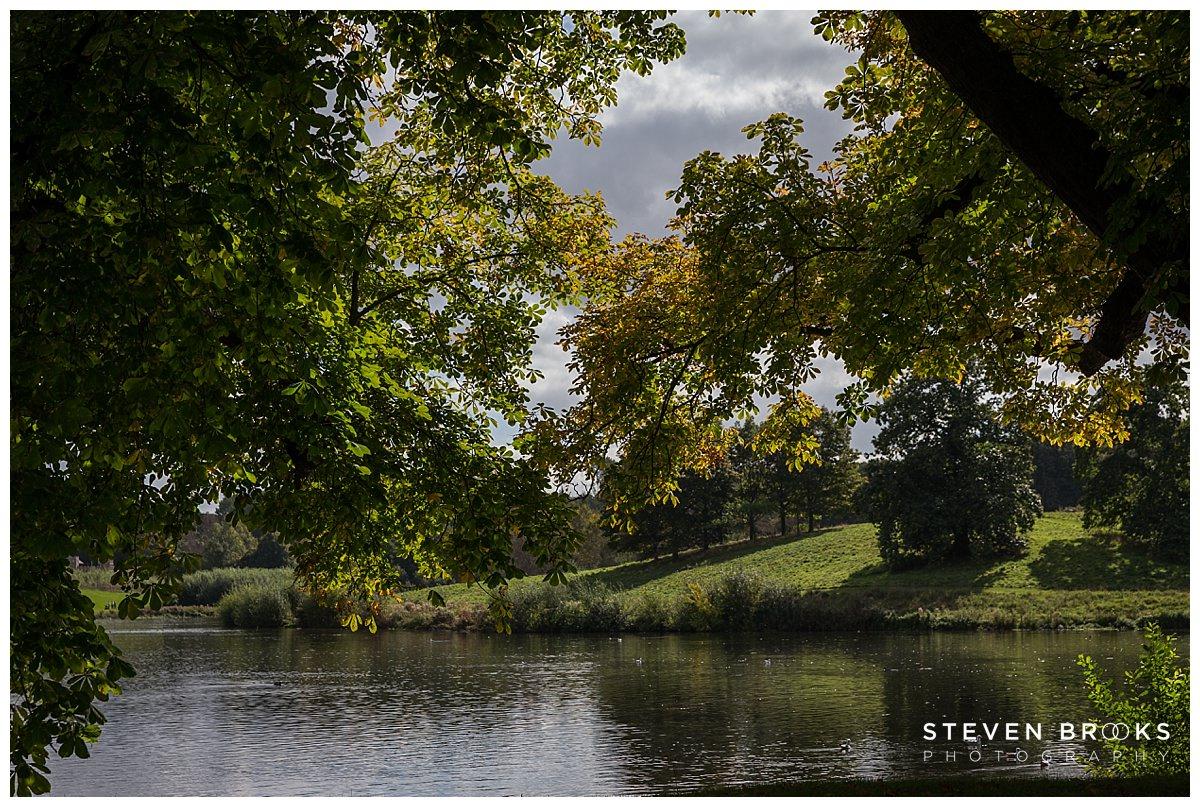 Leeds Castle wedding photographer steven brooks photographs leeds castle lake