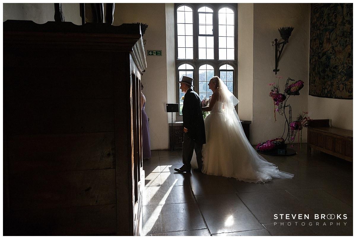 Leeds Castle wedding photographer steven brooks photographs the bridal entrance